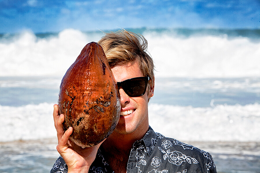 dylan goodale hawaii Vonzipper